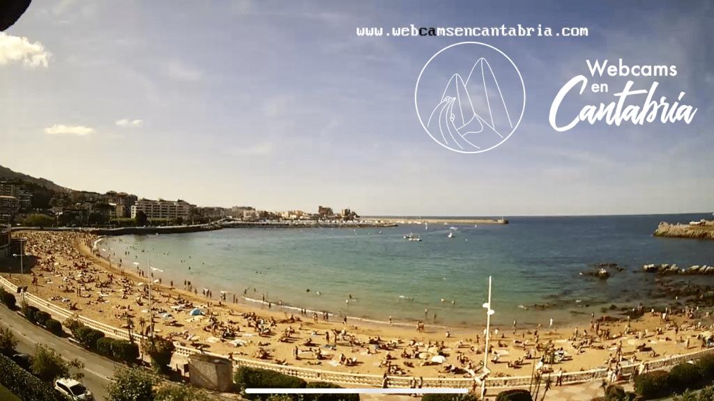 Webcam en directo en la Playa de Brazomar en Castro-Urdiales, Cantabria.